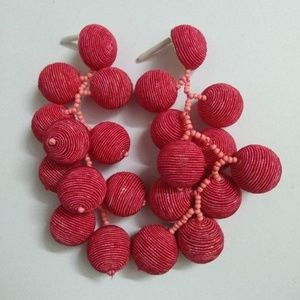 RED BEADED THREAD BALL CLUSTER STATEMENT EARRINGS